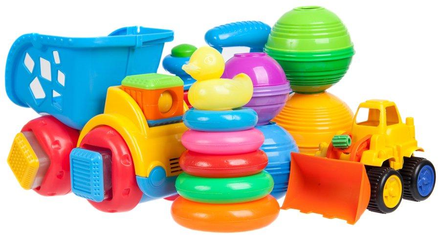 tipos de plásticos 3 - juguetes de varios colores para bebes o niños hechos de LPVC Polivinilo