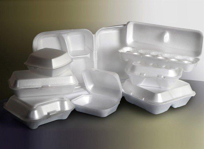 tipos de plásticos 6 - cajas blancas para comida vacias hechas de PS Poliestireno