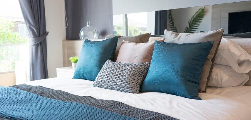Almohadas color azul feng shui